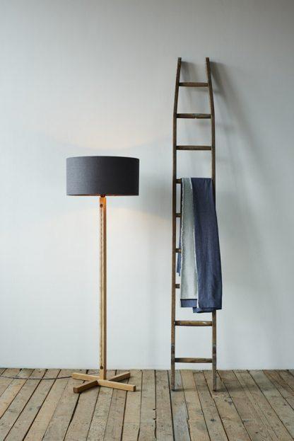 MLSL01 Oak Standard Lamp
