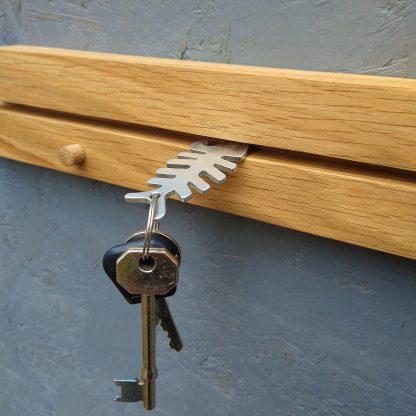 Edie Key Rack Groove Detail